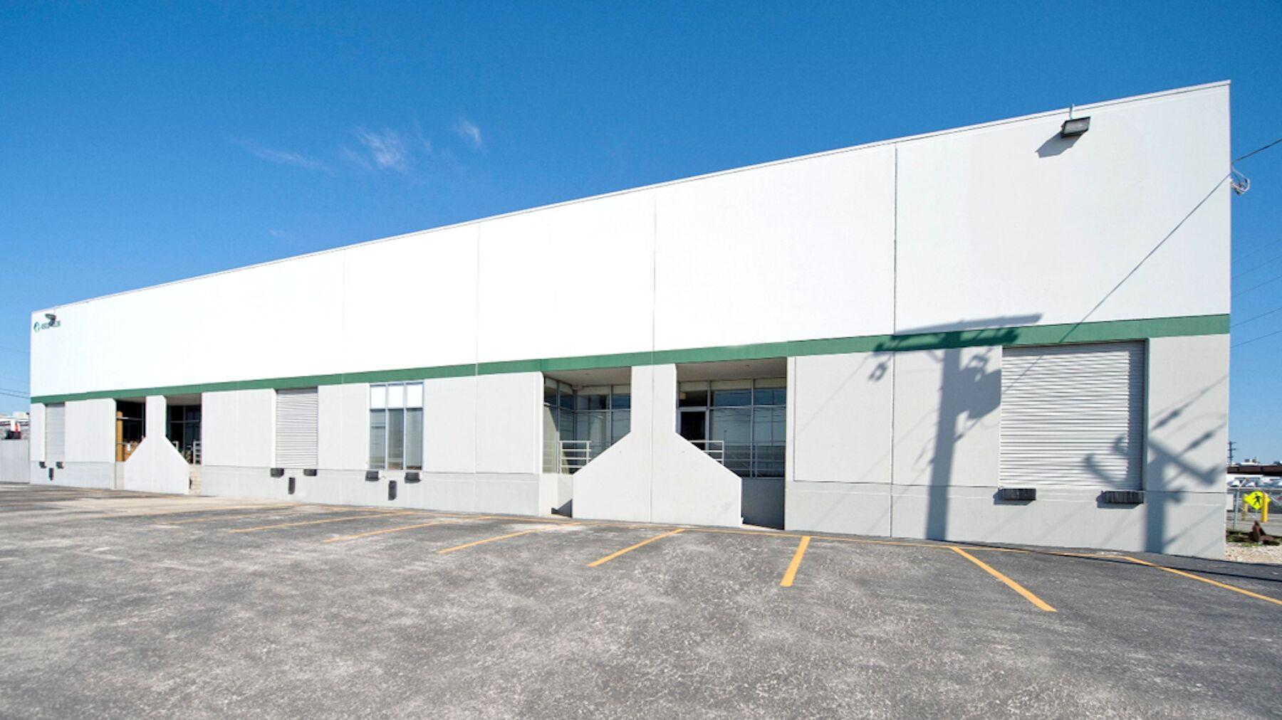 DPM-Macro-4502-Front-of-Building.jpg