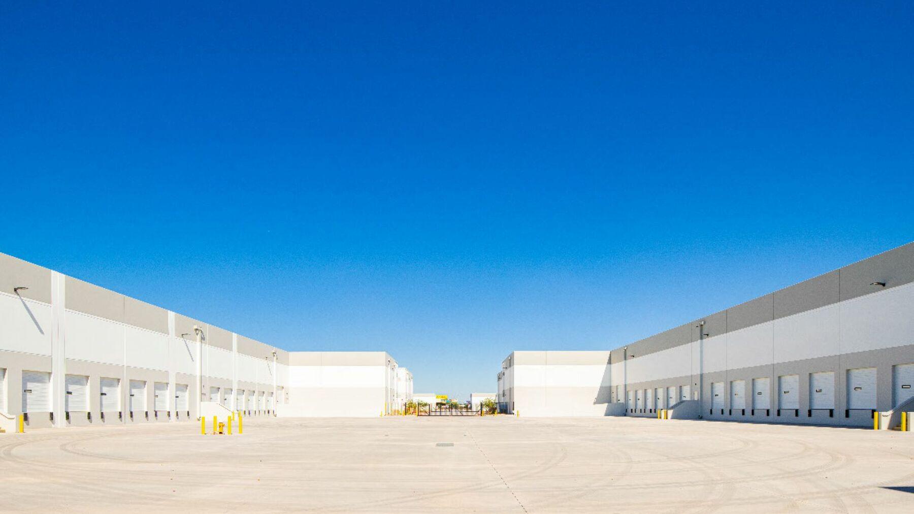 DPM-I-17-Logistics-Center-1_-3.jpg