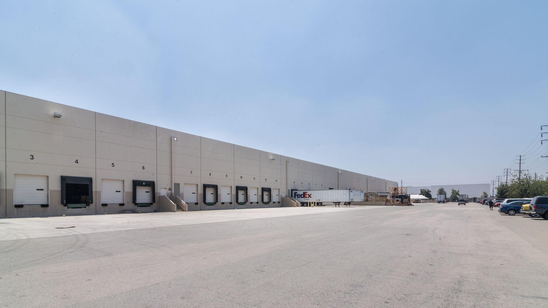 DPM-Chino-Industrial-Center-2_-1.jpg