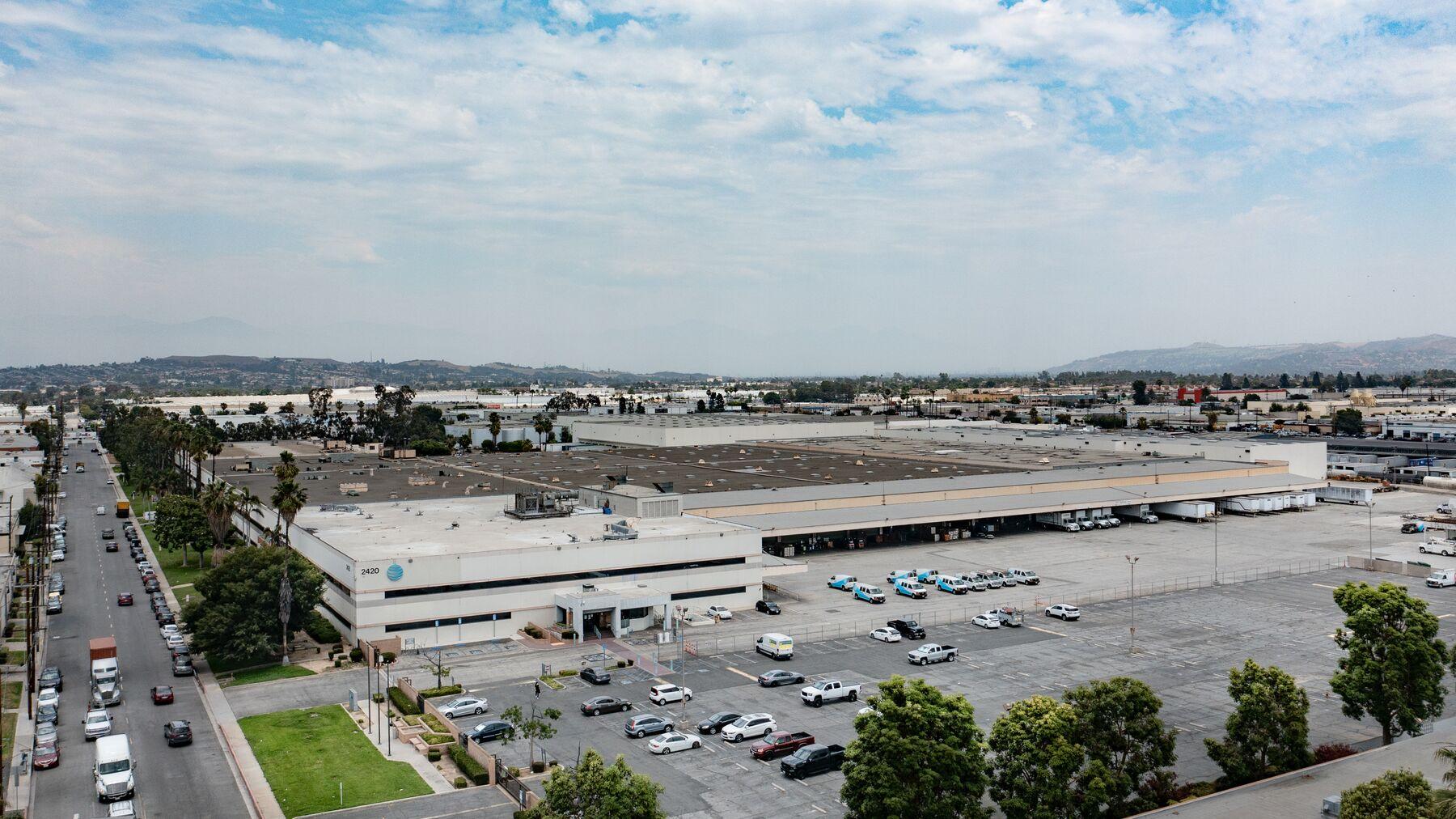 DPM-Commerce-Transport-Center_-01.jpg