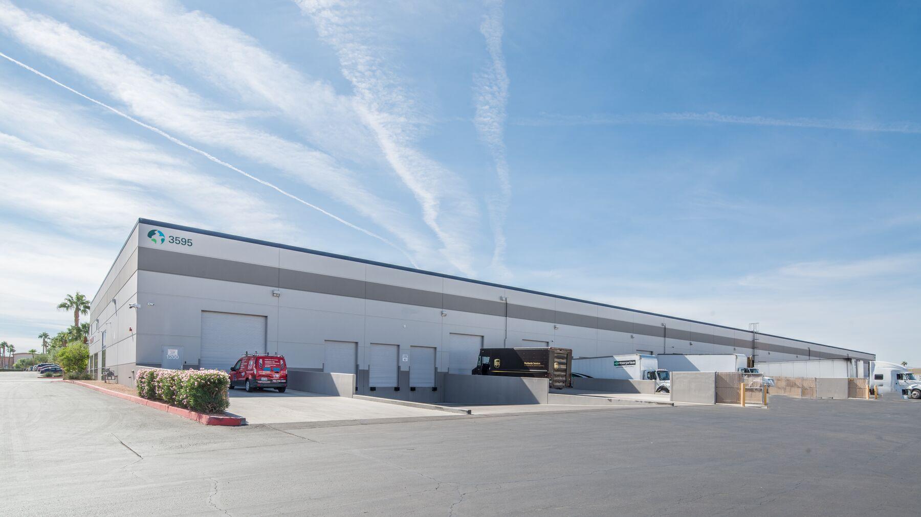 DPM-Arrowhead-Commerce-Center-5-6.jpg