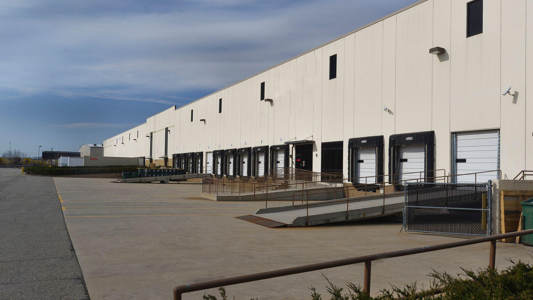 DPM-Portview-Commerce-Center-2.jpg