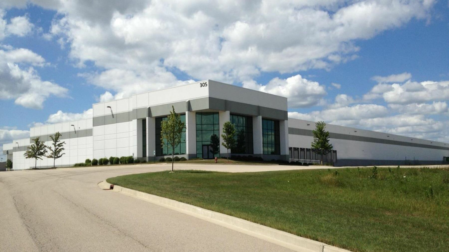 DPM-Prologis-Elgin-325-Corporate-Drive_Bldg-Image.jpg