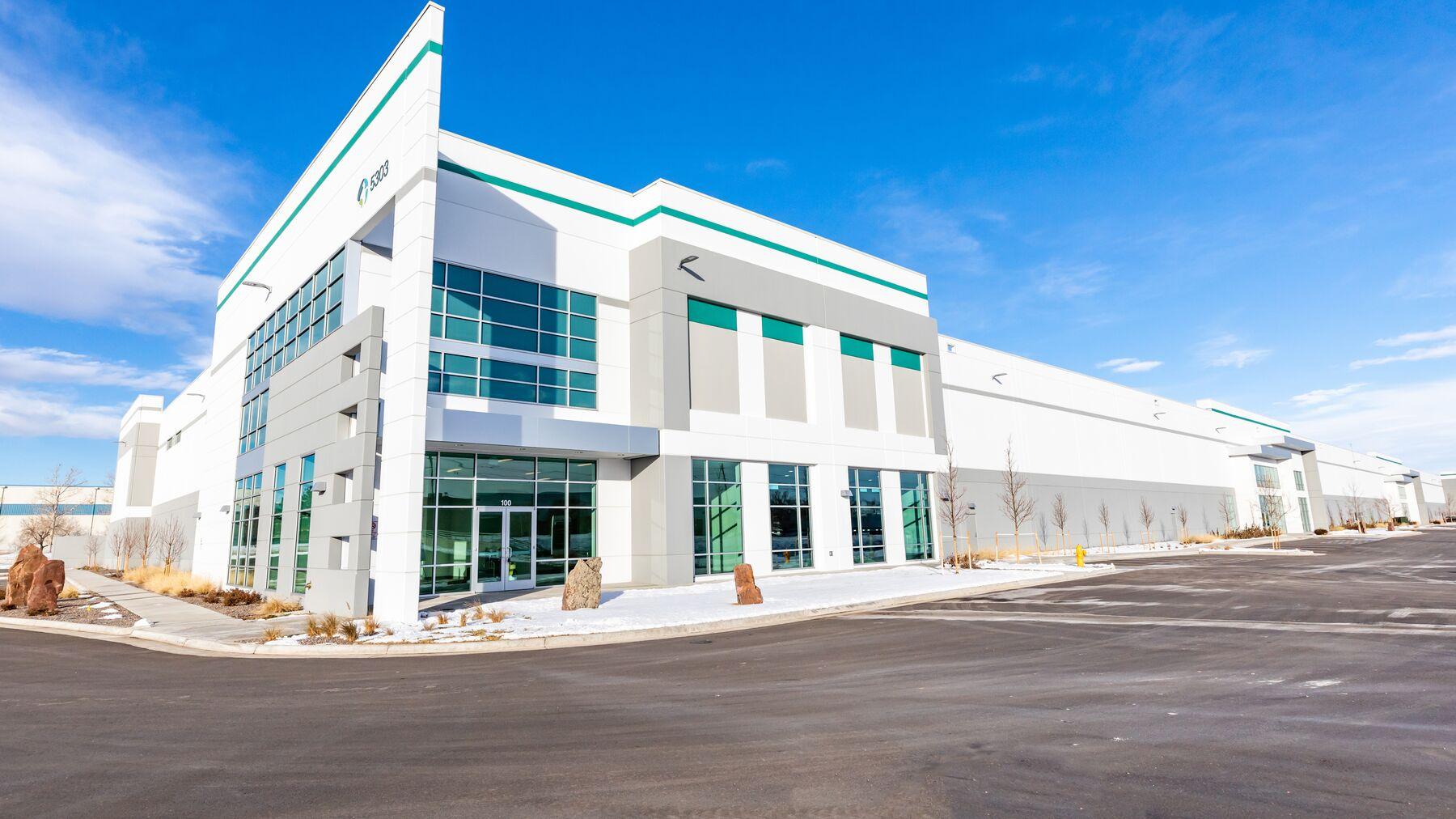 DPM-Prologis-Business-Center-North-poi-005.jpg