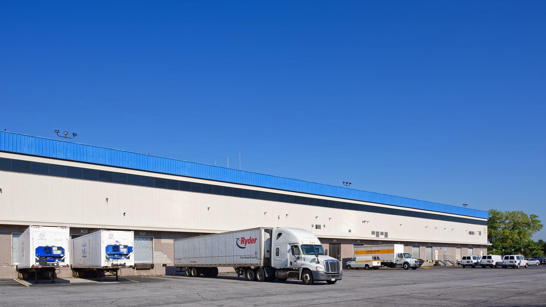 DPM-JFK-Cargo-Center-75-13.jpg