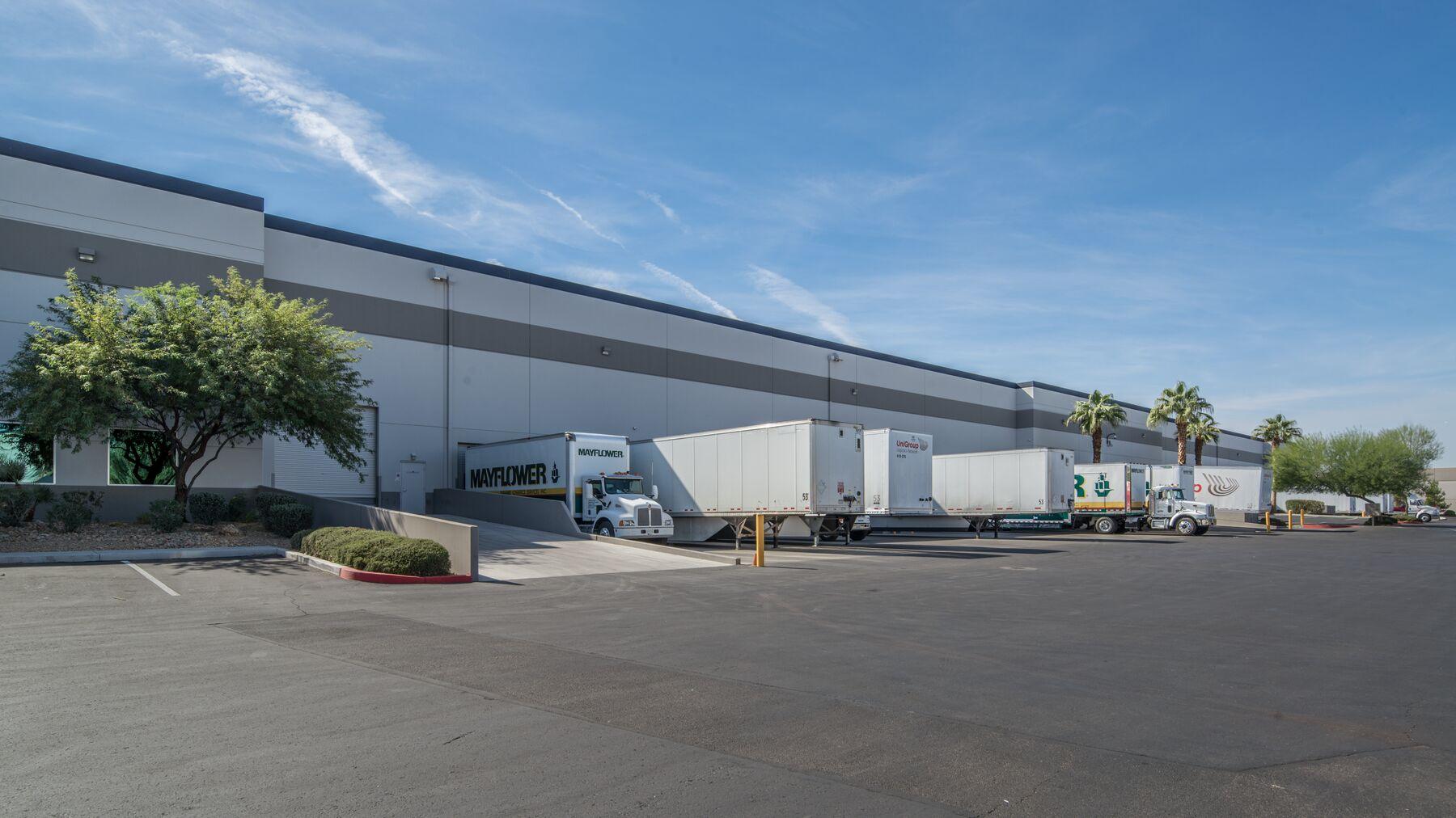 DPM-Arrowhead-Commerce-Center-15-4.jpg