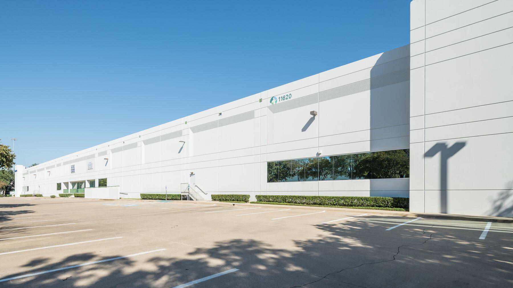 DPM-Dallas-Corp-Ctr-4_-6.jpg