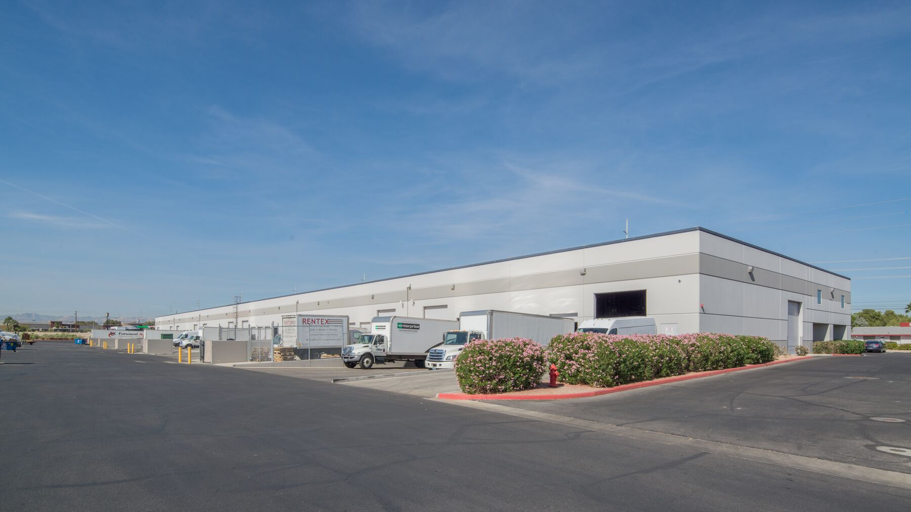 DPM-Arrowhead-Commerce-Center-4-2.jpg