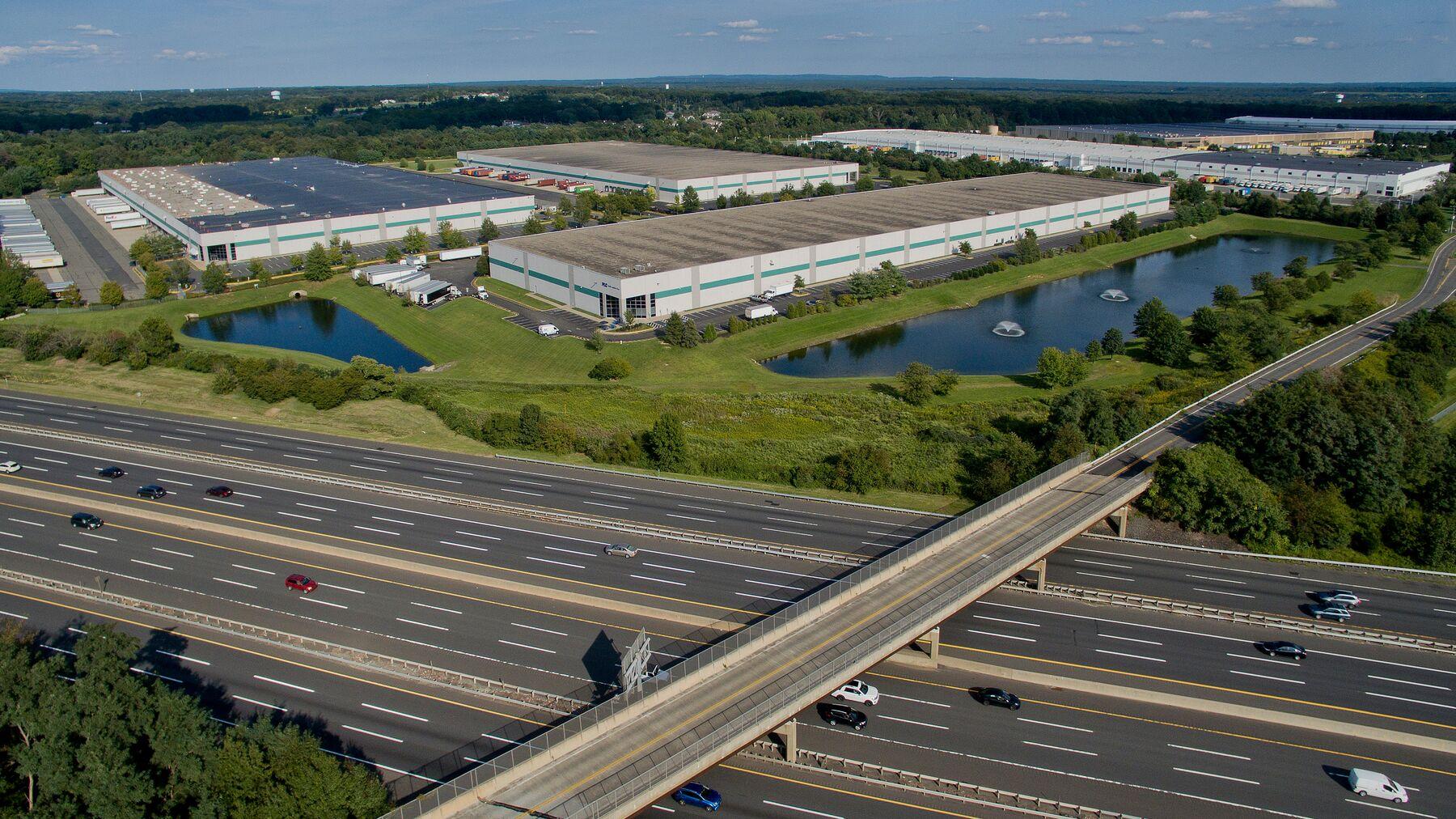DPM-Prologis-Interstate-1-111-Interstate-Blvd-CNJ00901-015.jpg