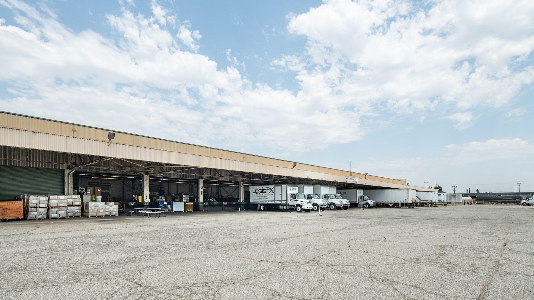 DPM-Commerce-Transport-Center_-12.jpg