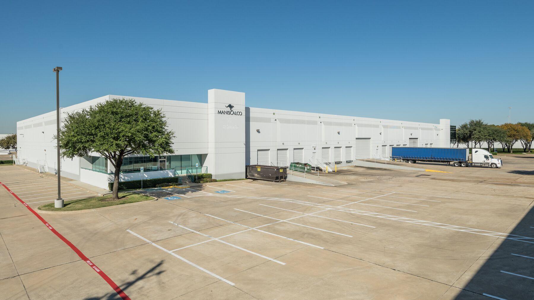 DPM-Dallas-Corp-Ctr-6_-3.jpg