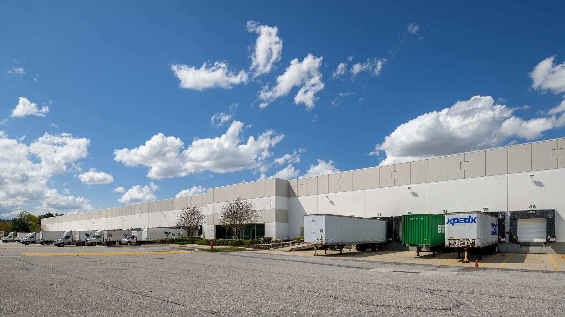 DPM-Prologis-Airport-Commons-1-Photography-8.jpg