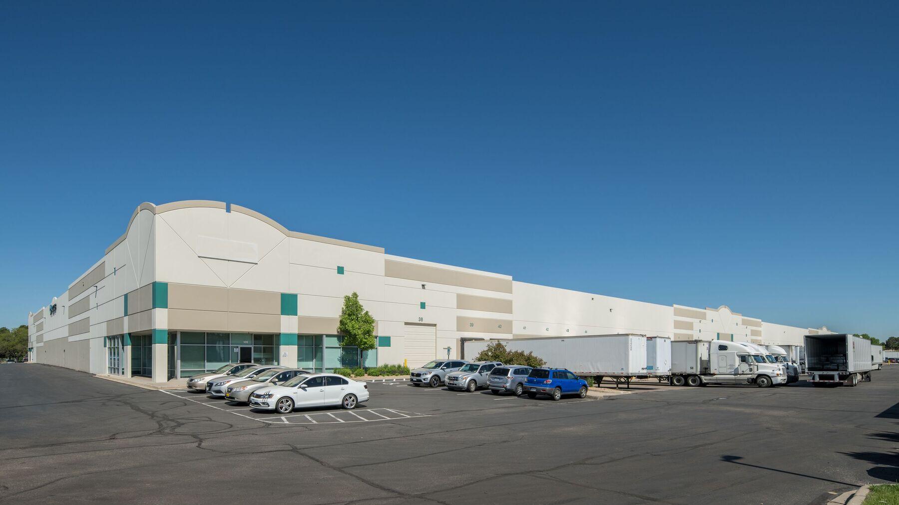 DPM-Prologis-Peoria-Dist-Center-den00801.jpg