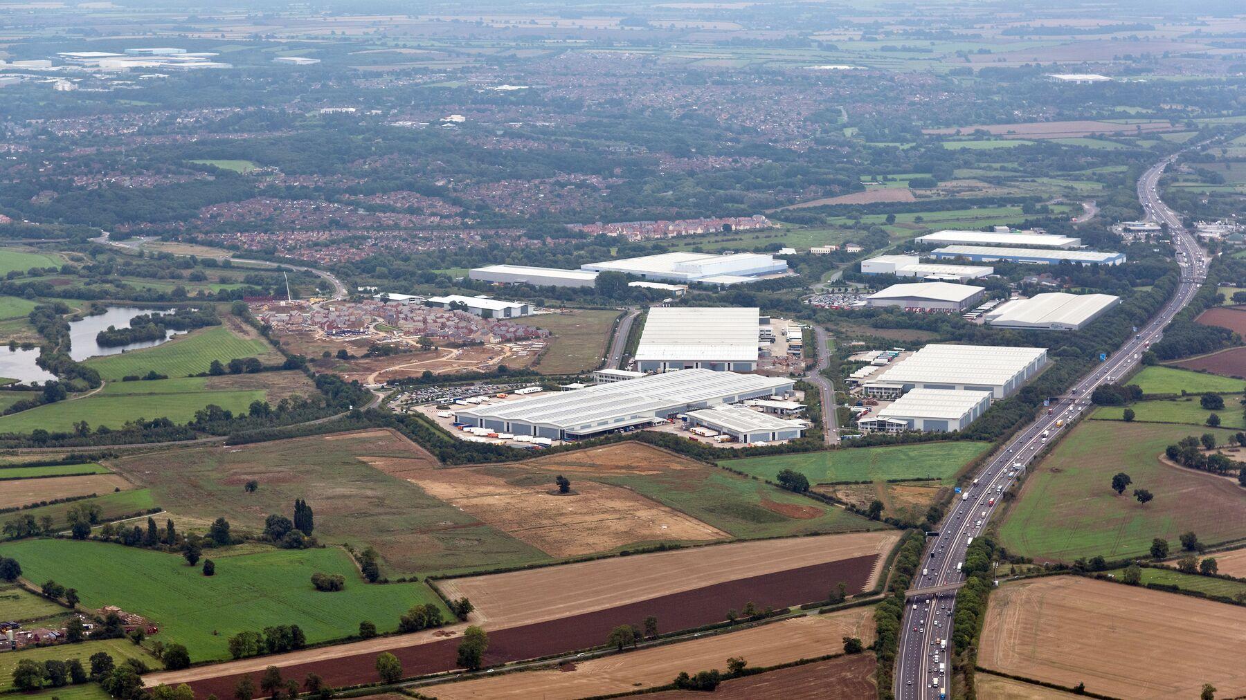 DPM-pineham_park_aerial_0001_22_09_16.jpg
