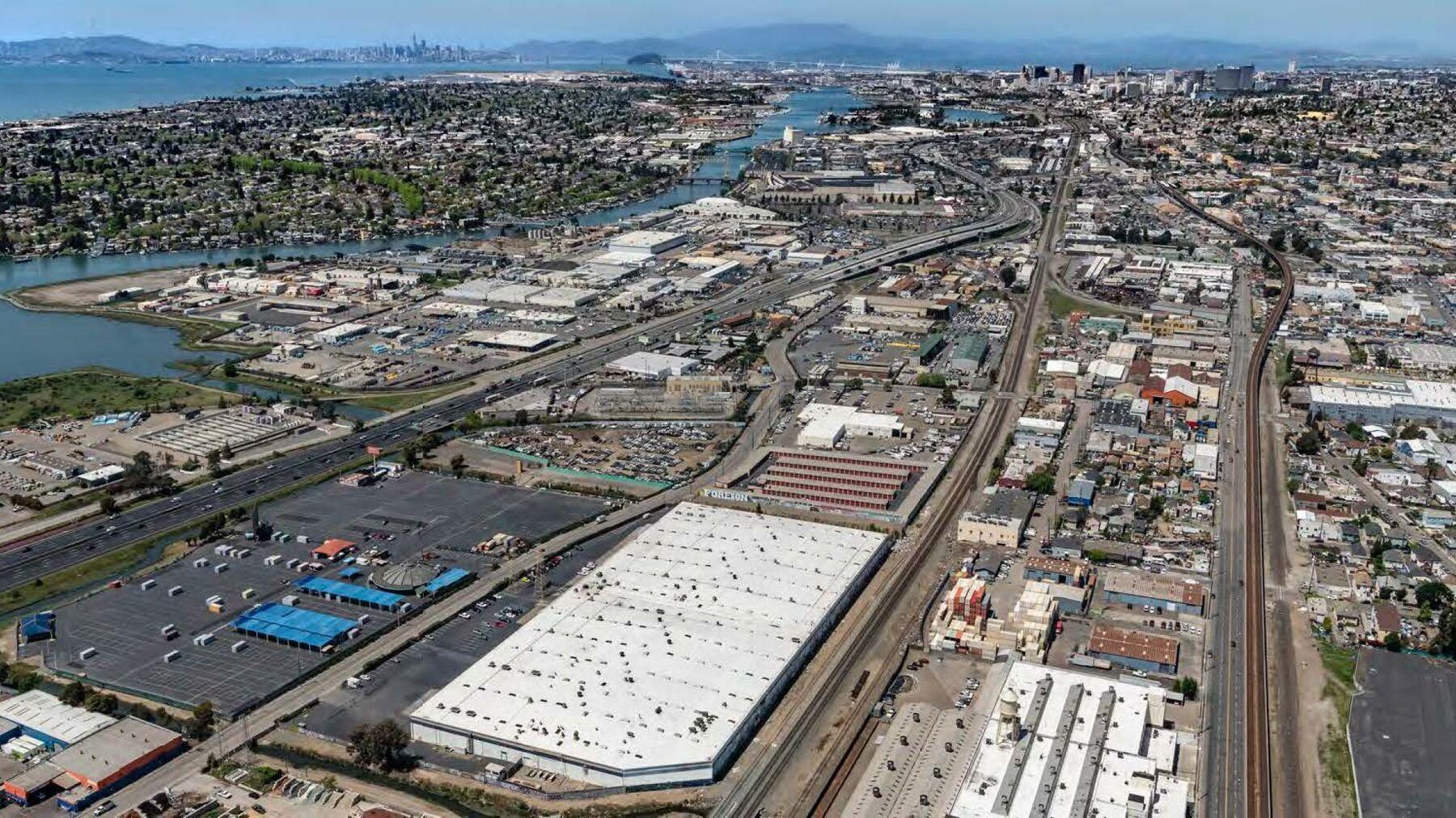 DPM-Oakland-7-Aerial-3.jpg