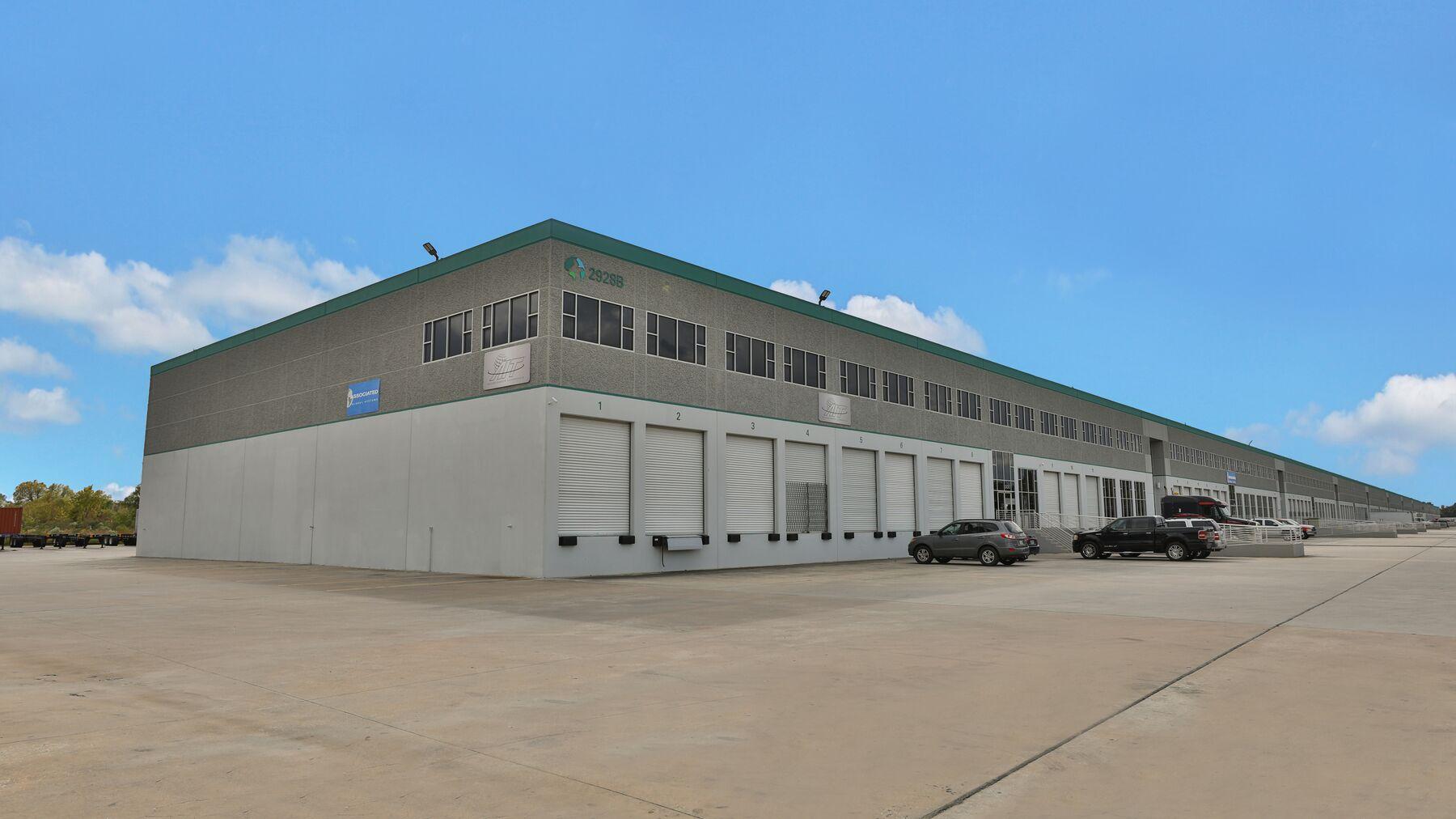 DPM-IAH-Logistics-6_-5.jpg