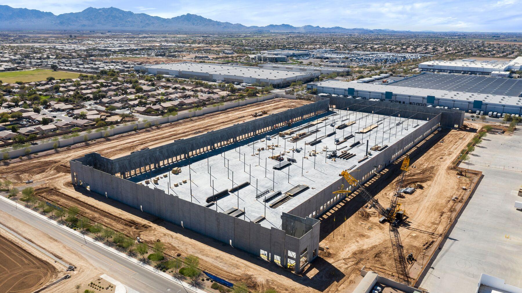 DPM-Prologis-Logistics-Center-IV_Aerial2.jpg