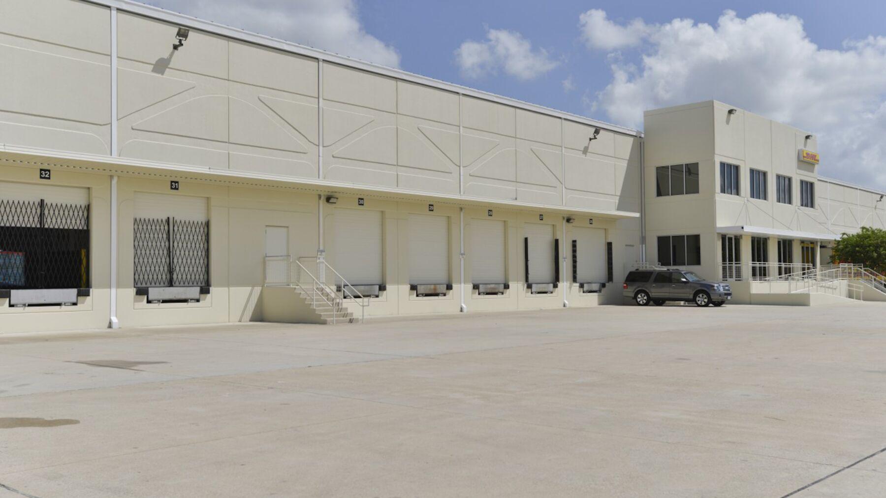 DPM-IAH-Cargo-Center-1_-7.jpg