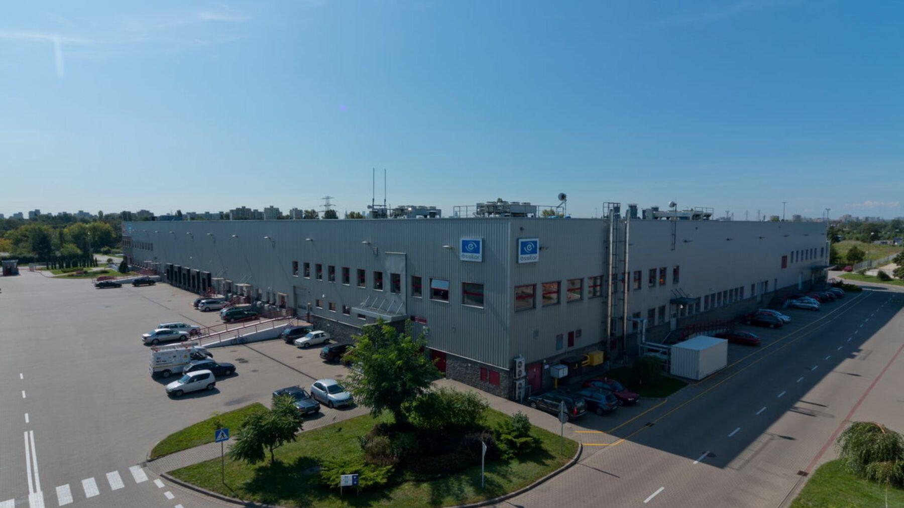 DPM-Warsaw-Zeran-DC4_1.jpg