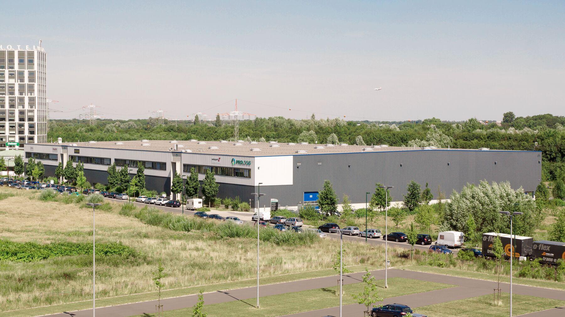 DPM-Dusseldorf-DC1_4.jpg