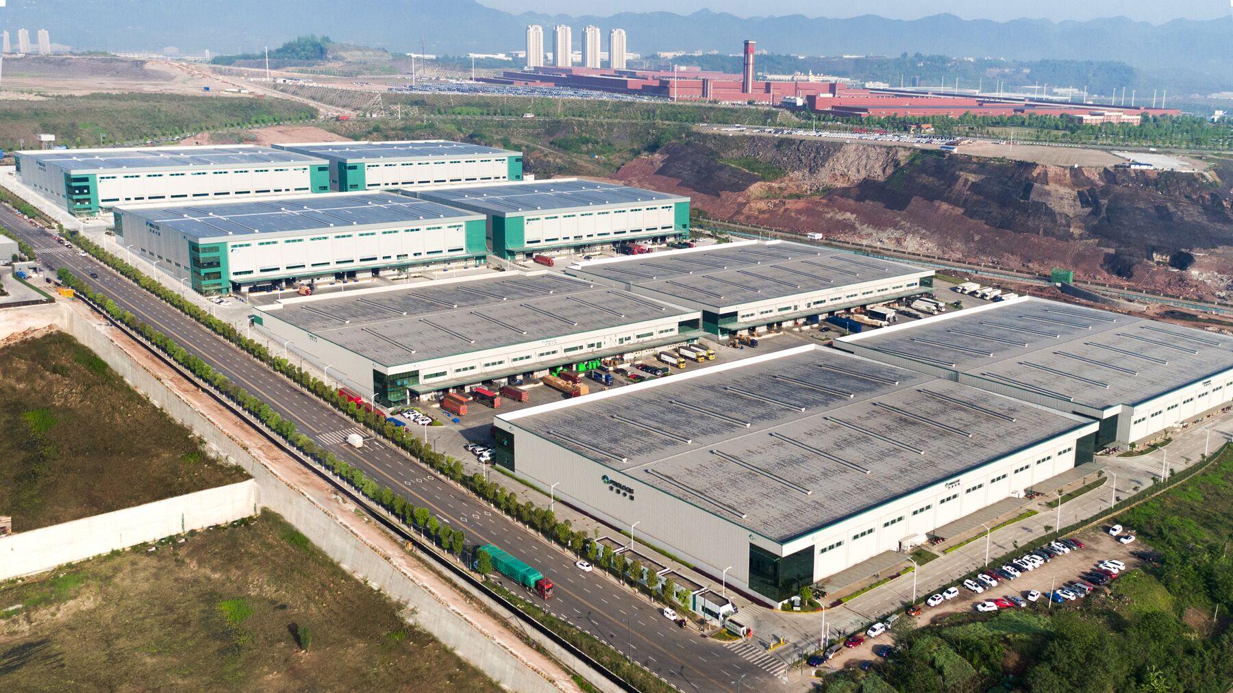 DPM-Chongqing-Liangjiang-Logistics-Center_-CNW00705.jpg