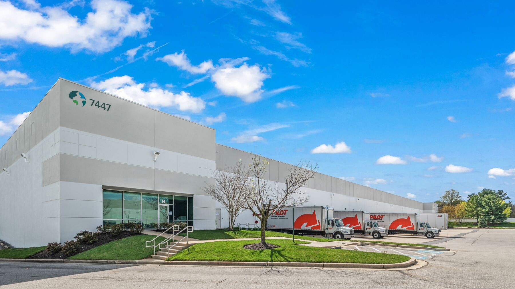 DPM-Prologis-Airport-Commons-2_Photography-5.jpg